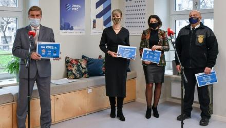 Od lewej: Rafał Guzowski, Katarzyna Szymczak-Pomianowska, Małgorzata Demianowicz i Waldemar Forysiak | Fot. UMW