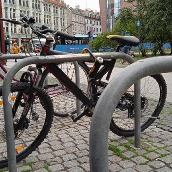 Przybywa parkingów dla rowerów. Będzie montaż 1700 stojaków
