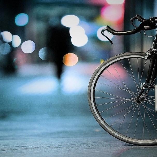 Jak przygotować się na rowerową jesień? Jak się ubrać i o czym pamiętać, by było komfortowo i bezpiecznie?